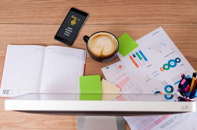 個人や企業で運営していると難しい客観的な分析が可能